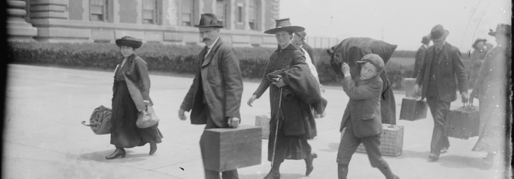 How to use Ellis Island archives in genealogy research to find your ancestors