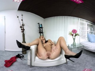 VR PORN-Sexy Mom play with a big dildo in her ass and cum hard