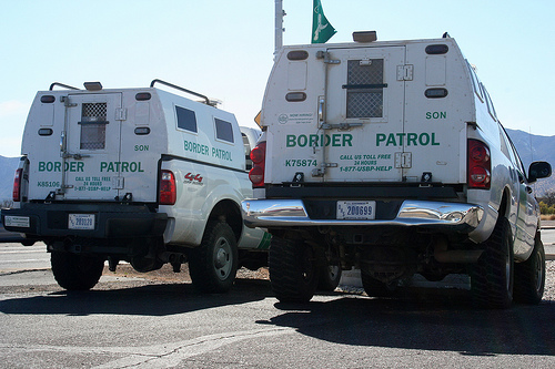 Arizona Border Control Vehicles - Photo: ThreadedThoughts/Flickr