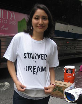Jennifer Carino, on hunger strike outside of Sen. Schumer's office - Photo: Cristina DC Pastor