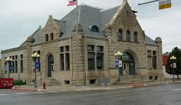 Fremont, NE Chamber of Commerce Building - Photo: llis45/flickr