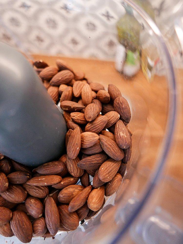 Rostade mandlar till mandelsmör