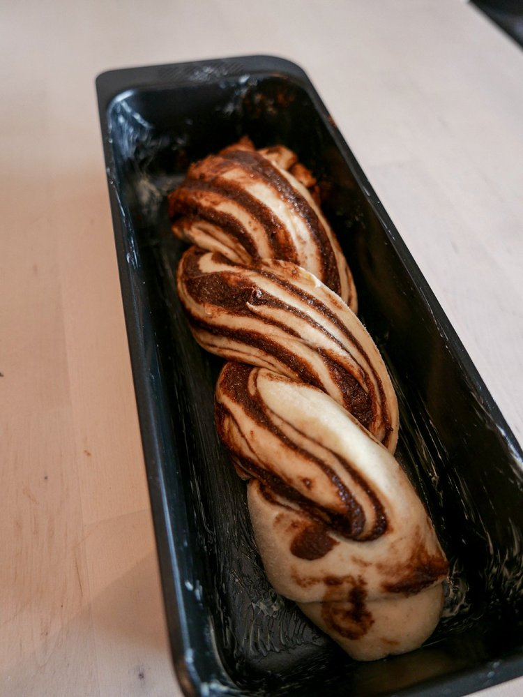 Chokladbabka flätad i form