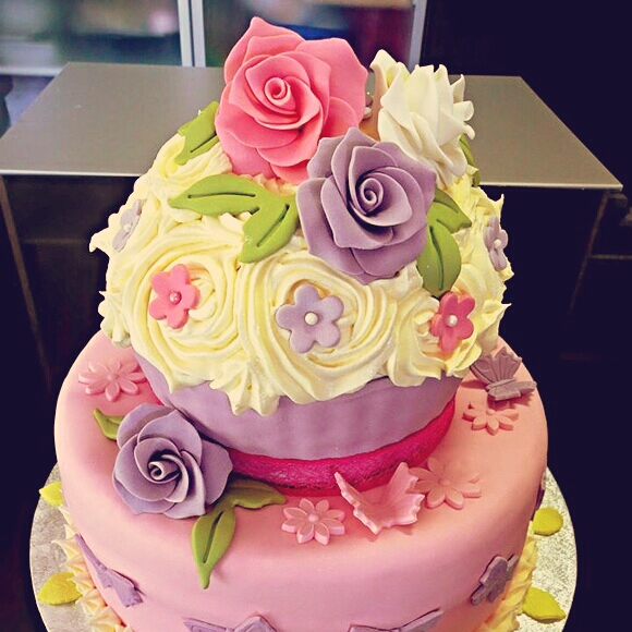 Rose Flower Cake