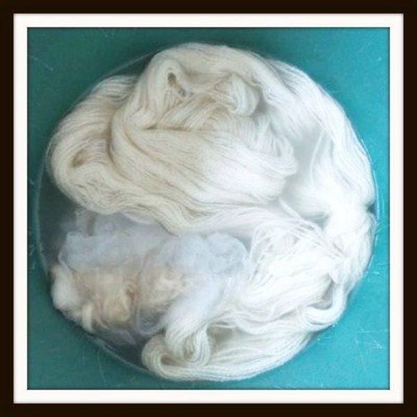 Soaking your tshirt and yarn in soda ash