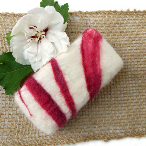 How to Make Hand Felted Soap, Fiberartsy.com