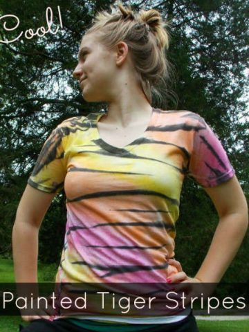 How to Paint Tiger Stripes on a T-Shirt, A FiberArtsy.com tutorial