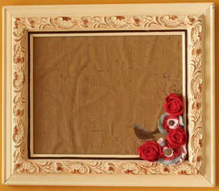 DIY Bulletin Board made of Burlap Fabric
