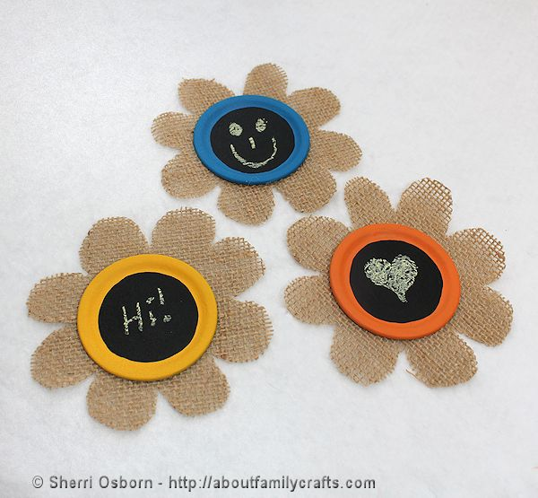 Burlap Flower Refrigerator Magnets, a fun Family Craft
