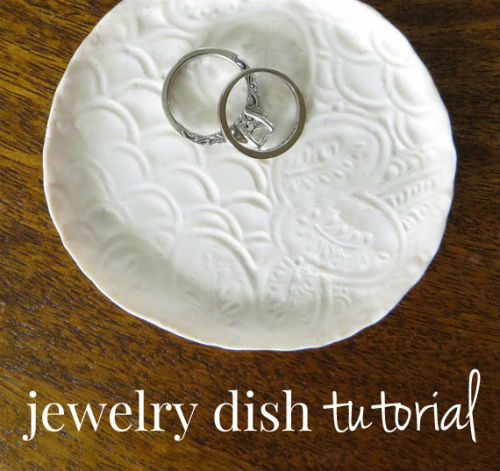 DIY Jewelry Dish Tutorial. Great DIY Gift for Women