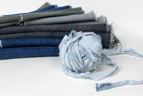 How to Crochet Denim Trivets - FiberArtsy.com