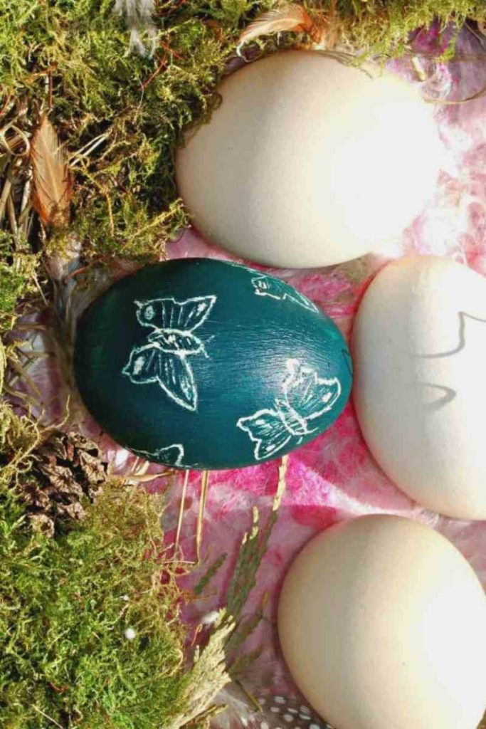 DIY Sgraffito Decorated Easter Eggs