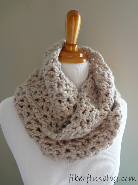 Infinity scarf pattern by FiberFlux