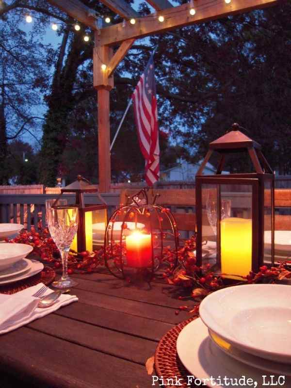 Rustic Thanksgiving Dinner Table Centerpiece