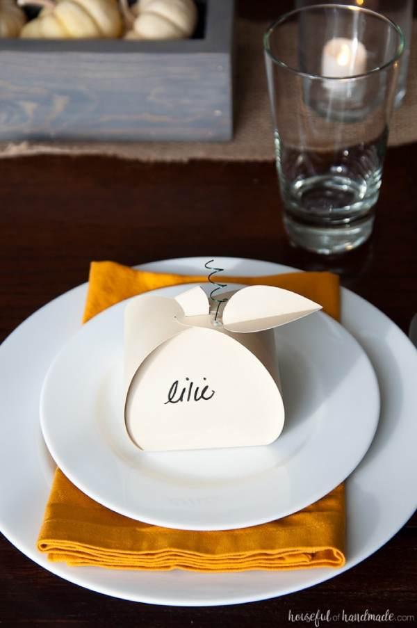 DIY Thanksgiving Dinner Placecards