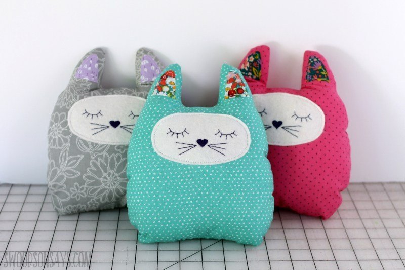 Handmade Gift Idea - Stuffed Cat Pattern