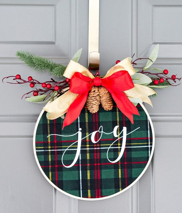 Embroidery Hoop Christmas Wreath