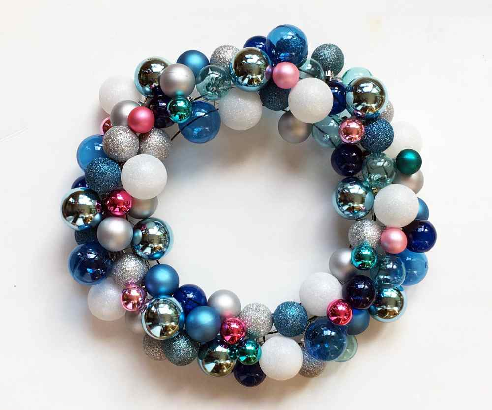 DIY Christmas Wreath Ideas - Wreath made with Ball Ornaments