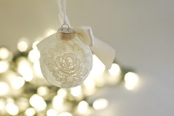 Keepsake Lace Christmas Tree Ornament
