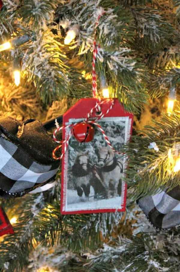 DIY Farmhouse Christmas Ornament