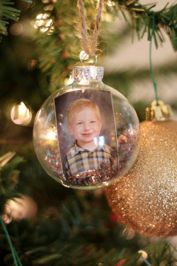 Keepsake Photo Globe Ornament