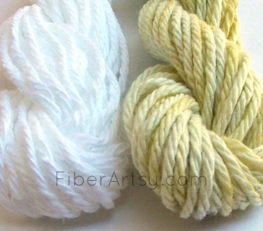 Cotton yarn dyed with dandelions