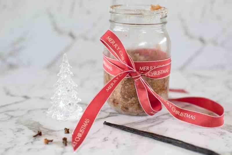 Christmas Sugar Scrub made with Cinnamon