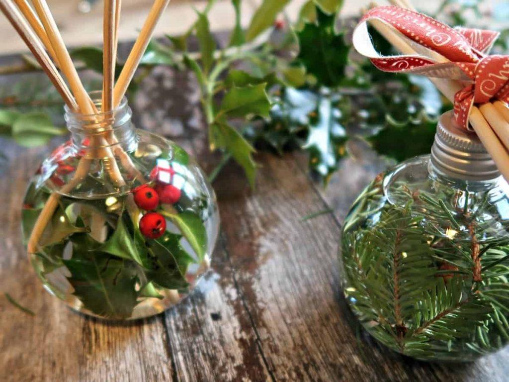 DIY Christmas reed diffusers
