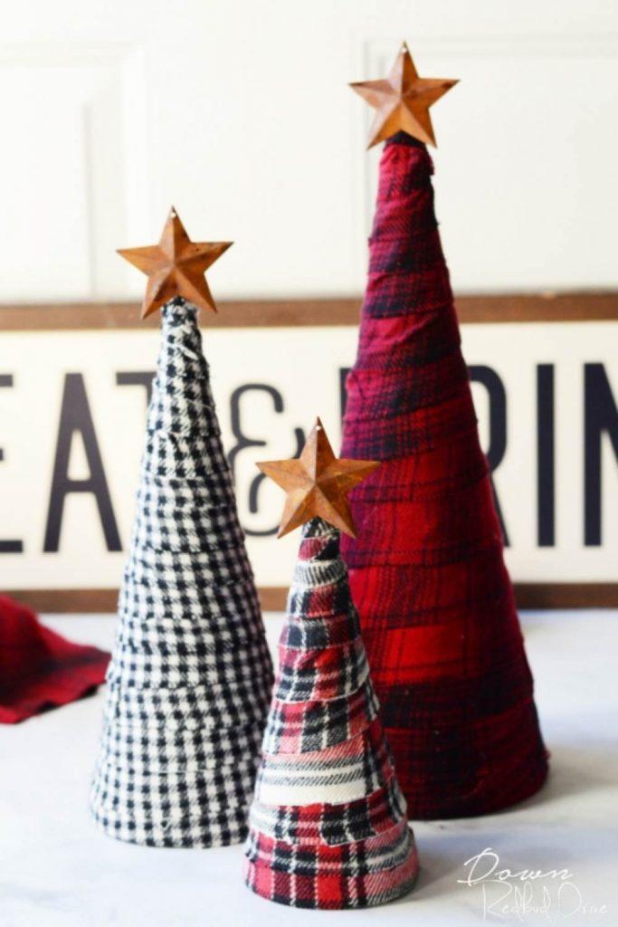 DIY Christmas Craft and Decor Flannel tree