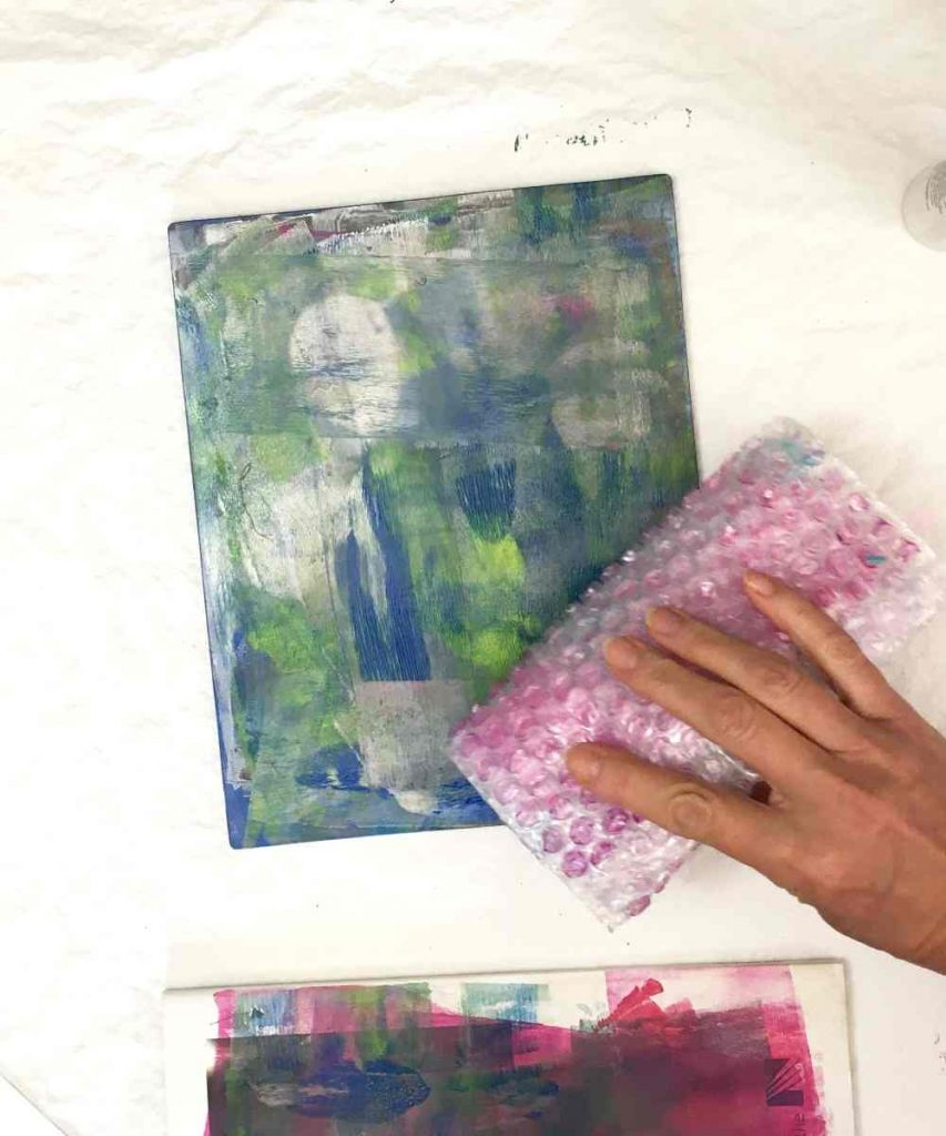 using bubble wrap, add texture to your gel printed valentine cards