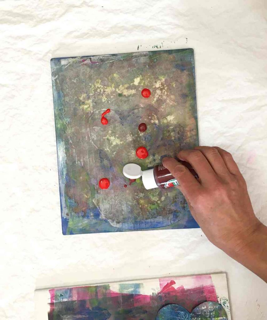 Adding acrylic paint to the gelli plate
