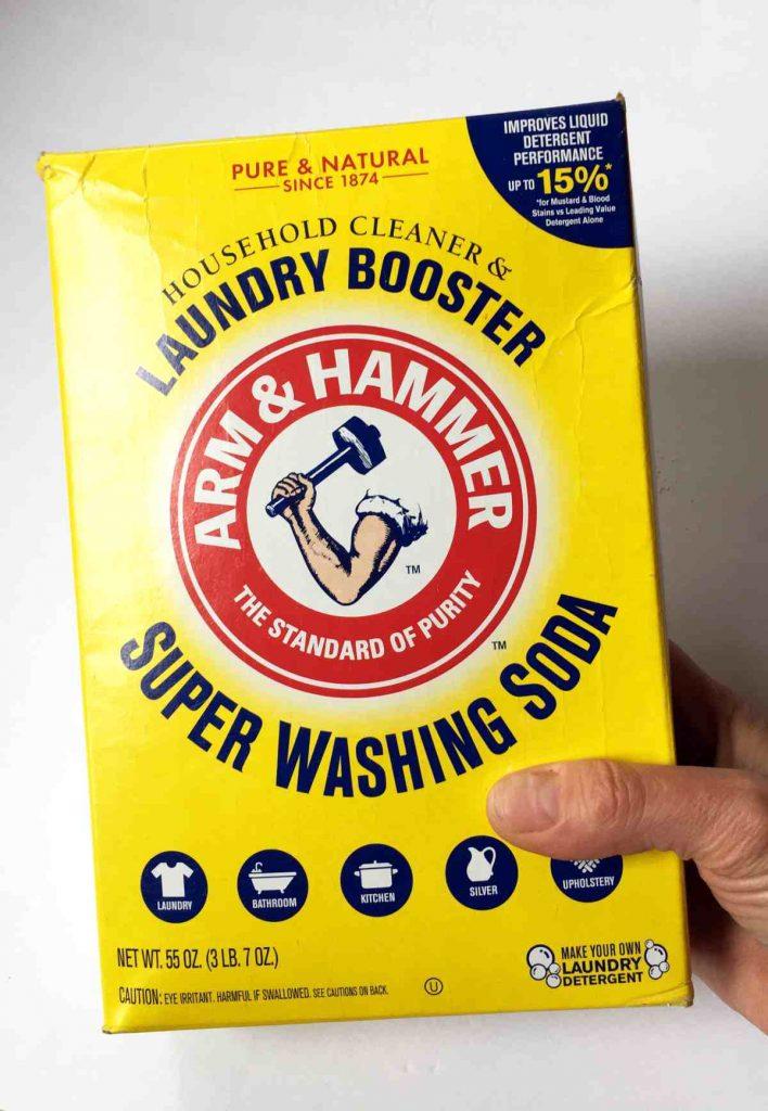 Washing soda for deep cleaning fabrics
