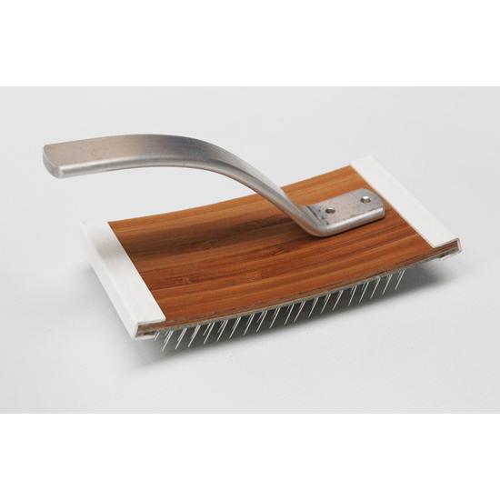 Majacraft Flick Carder Brush