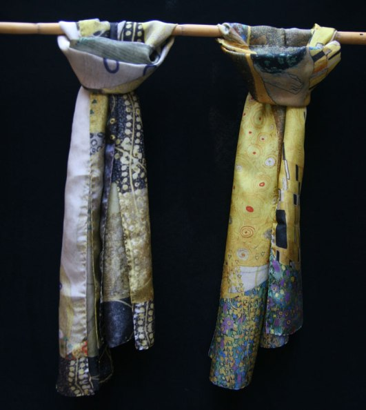 Klimt silk scarves made in Europe - Fibra Creativa