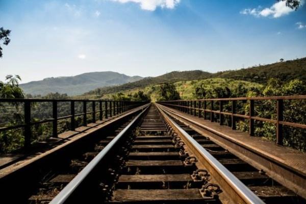 Image rails train