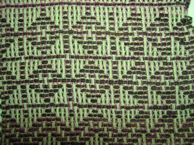 """On this section the """"dark"""" weft bundle was too great a contrast to the """"dark"""" thin warp - though I still like it!"""