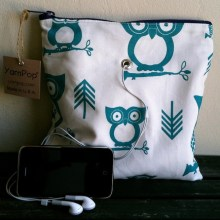 Gadgety in Turquoise Owls fabric
