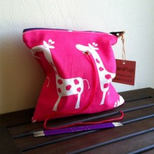 Pink_Giraffe_single