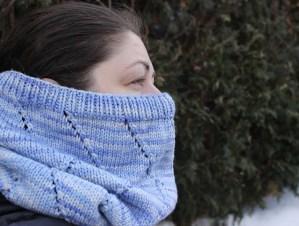 Zigzag Cowl, © Allison Sarnoff for Knit Princess Designs