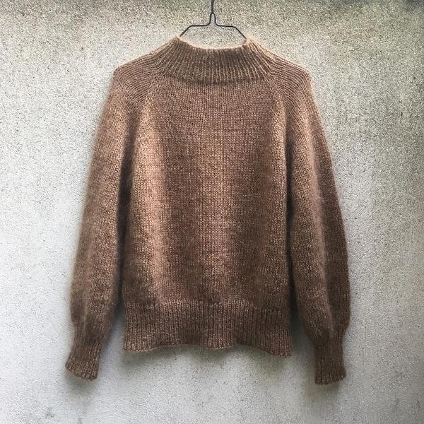 Simple and Simple Sweater