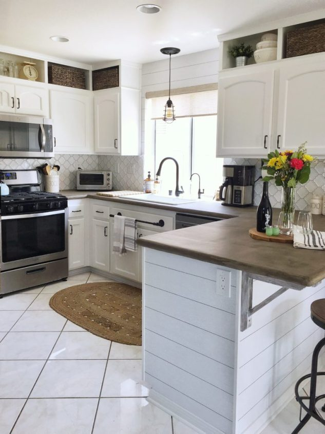 white farmhouse kitchen makeover
