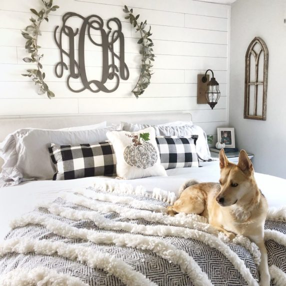 bedroom fall decor