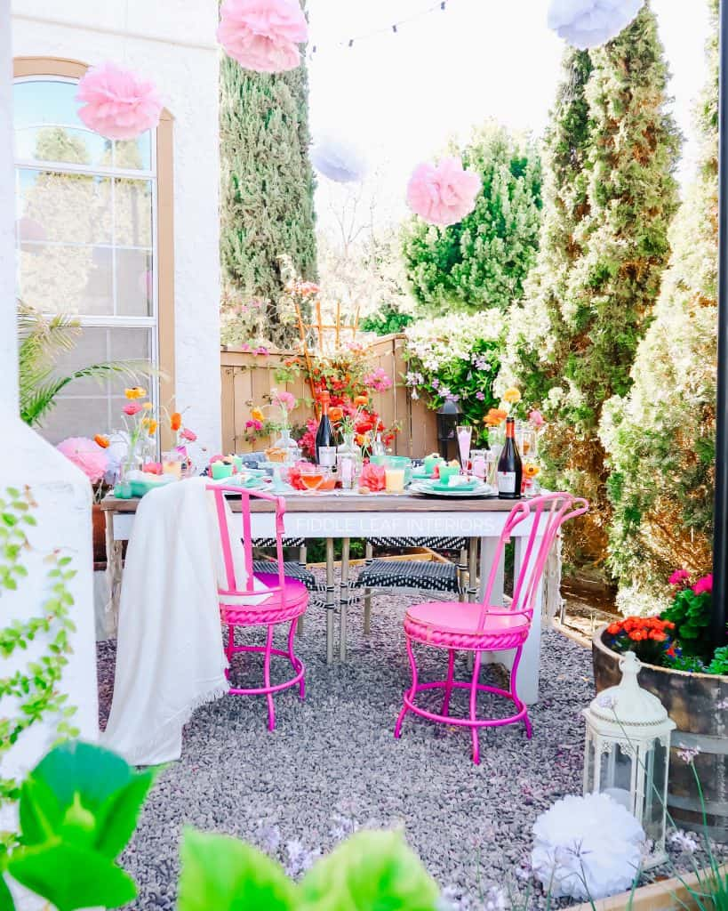 summer brunch ideas table setting jadeite and pink chairs