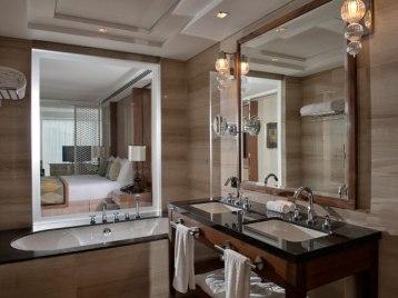 Luxury-Junior-Suite5