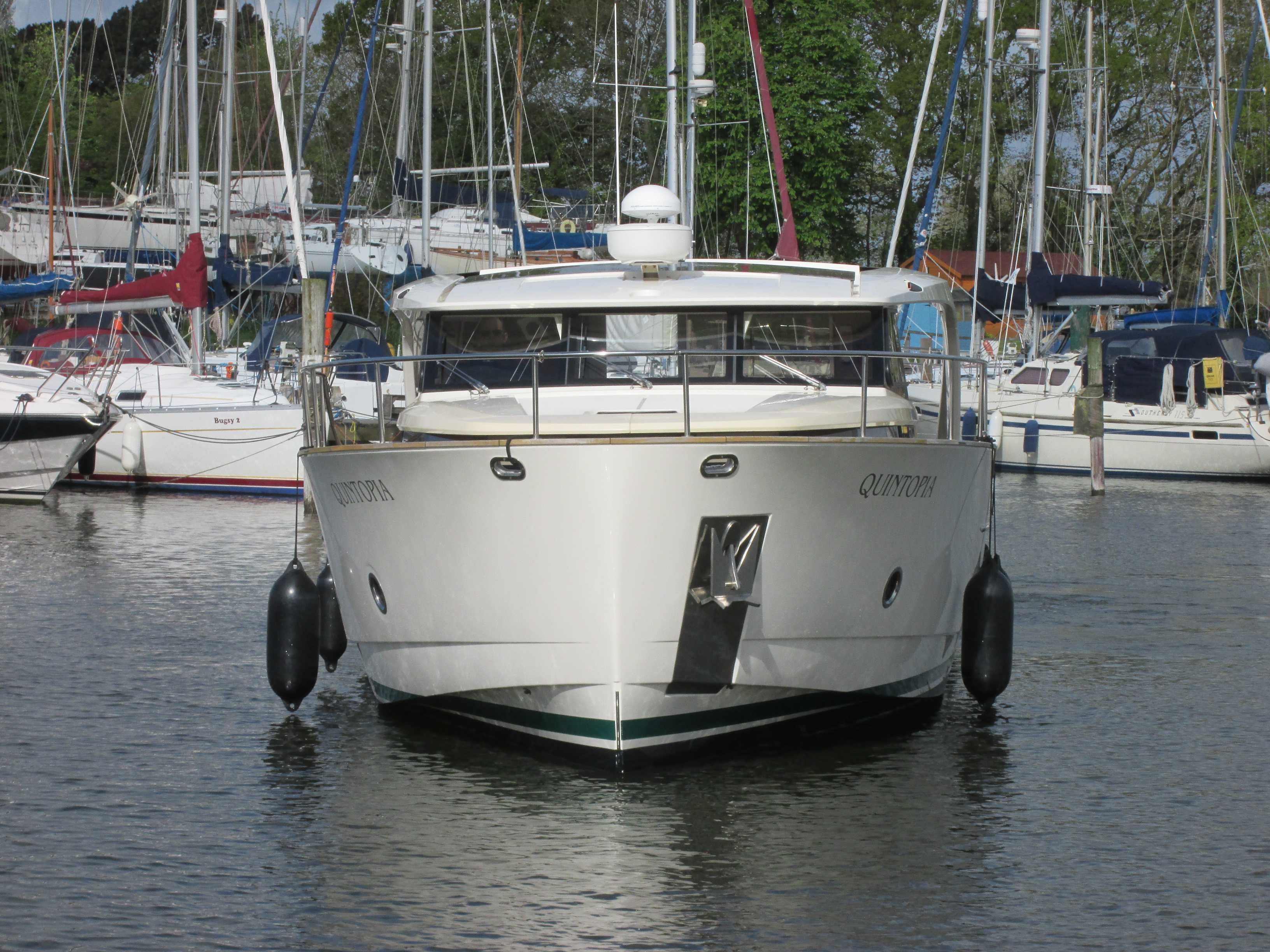 Pre-purchase Survey of Greenline 40 Yacht