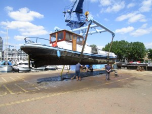 Pre-purchase survey of a  Beurtmotorschip at South Dock Marina, London