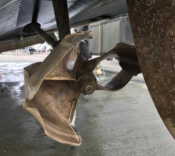 Bent propeller
