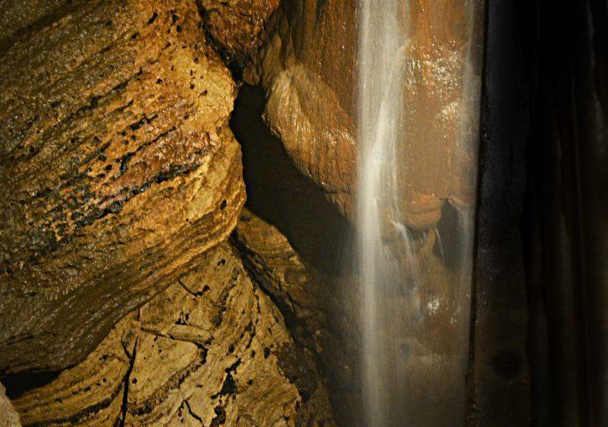 Niagara Cave Tour MN