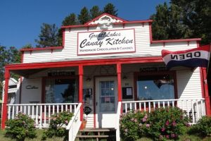 Great! Lakes Candy Kitchen on old HWY 61