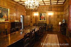 Salisbury House & Gardens dinning room with long wooden table